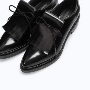 Sapatos (c) Zara